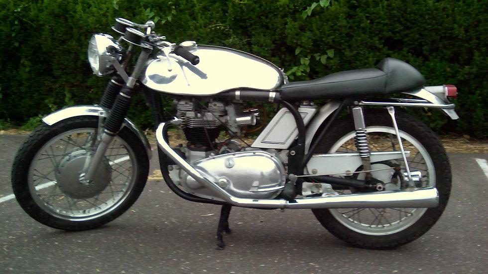1958 Triumph Triton
