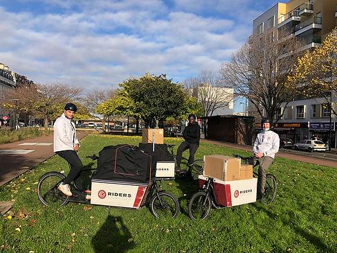 photos de livreurs Rider Social Club avec des vélos cargo éthiques