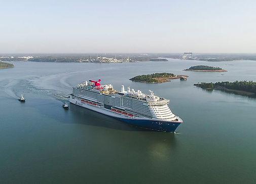 five new cruise ship.jpg