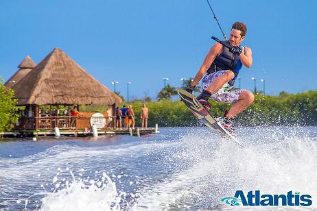 Resort-ski.jpg