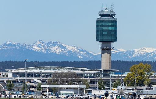 WestJet-Vancouver-airport-launch-pilot-p