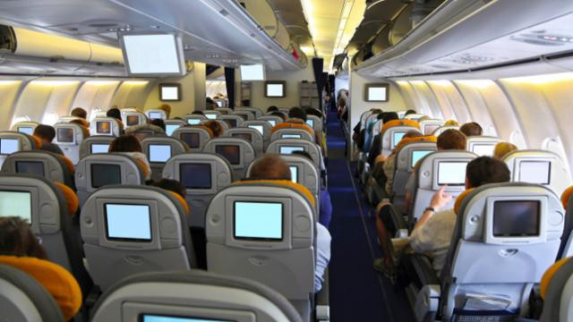 HOW TO AVOID TRAVELLING IN THE DREADED MIDDLE SEAT