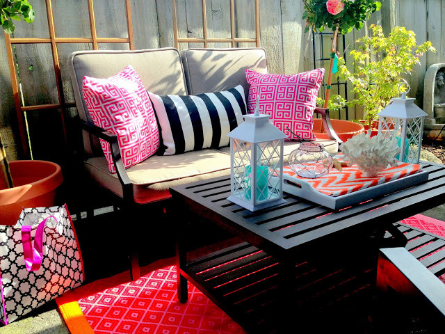 Colorful patio design with accessories via http://jslatelydesign.blogspot.ca/.