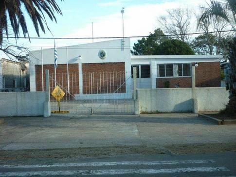 Escuela 40, Costa Azul