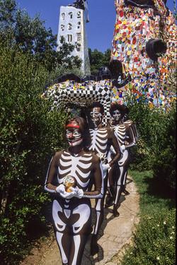 NiKi in procession
