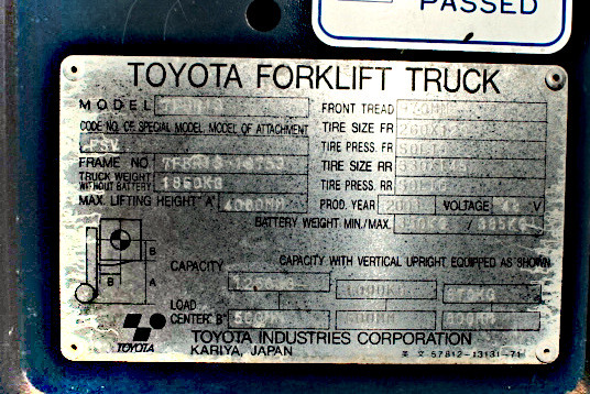 TOYOTA 7FRB13 nameplate