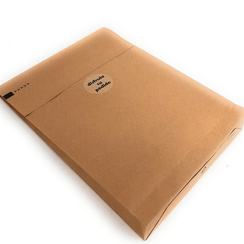 Sobre venta online doble cierre, papel kraft 126 gr, 3 fuelles, 250x350x50 mm