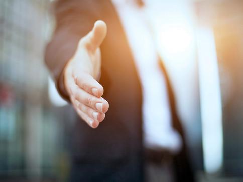 Dale la mano a alguien - Inspira tu vida - Acciones de bien inesperadas