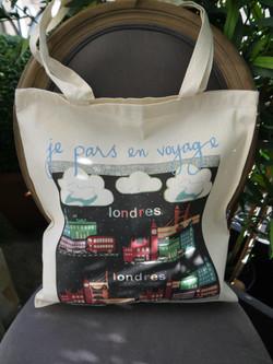 """ je pars en voyage"", 12 €"