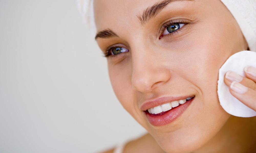 5 средств для снятия макияжа, которые вы можете найти дома
