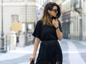 Как носить черное платье