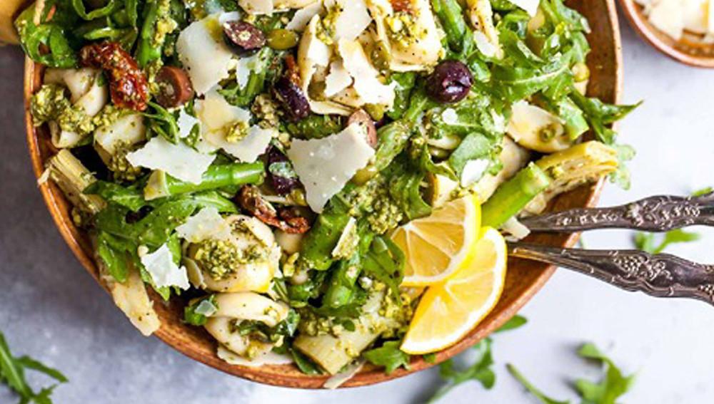 Богатый салат тортеллини