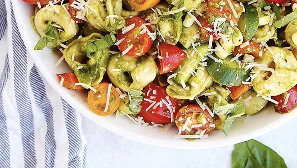 Летний салат тортеллини