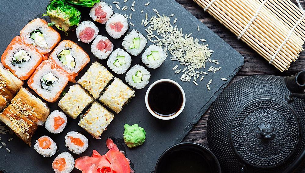 Как приготовить суши дома - пошагово и различные рецепты