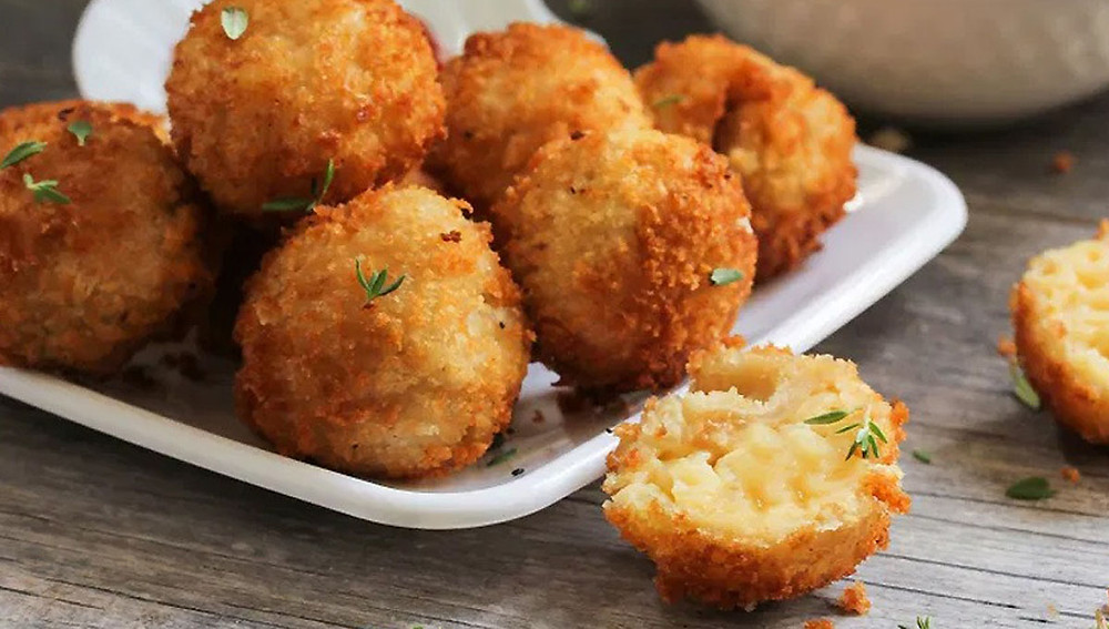 Жареные сырные шарики