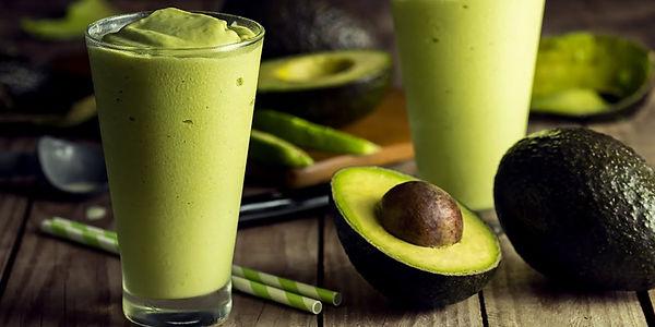 Кокосовый смузи с авокадо