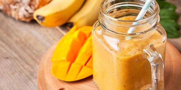 Манго-банановый смузи