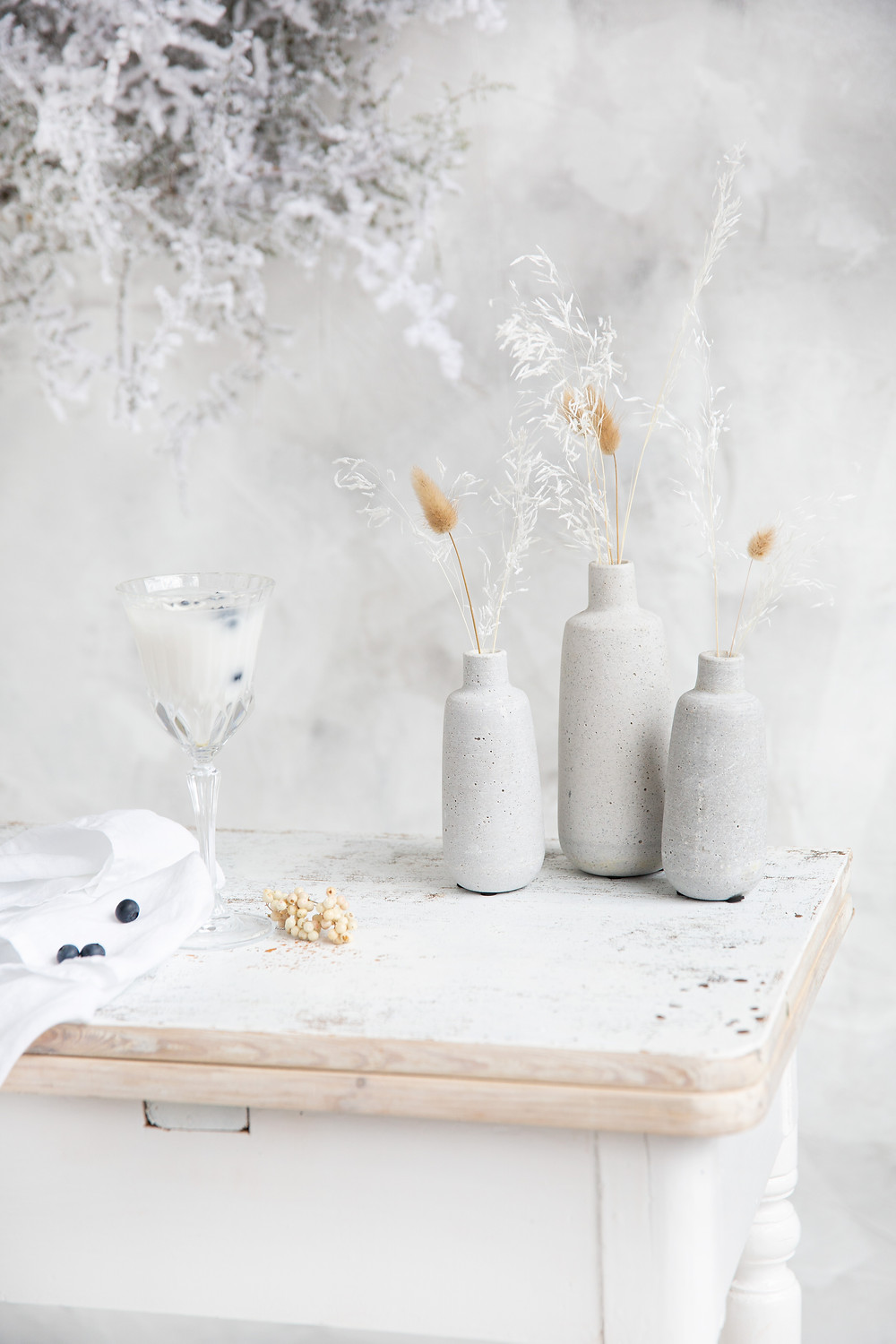 winter decorations in white and blue