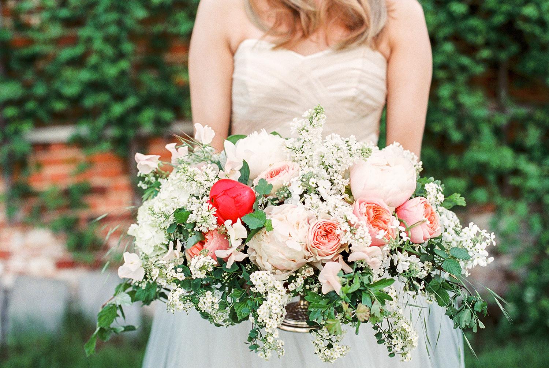 spring wedding flowers