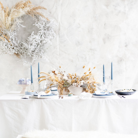 Wintery table setting