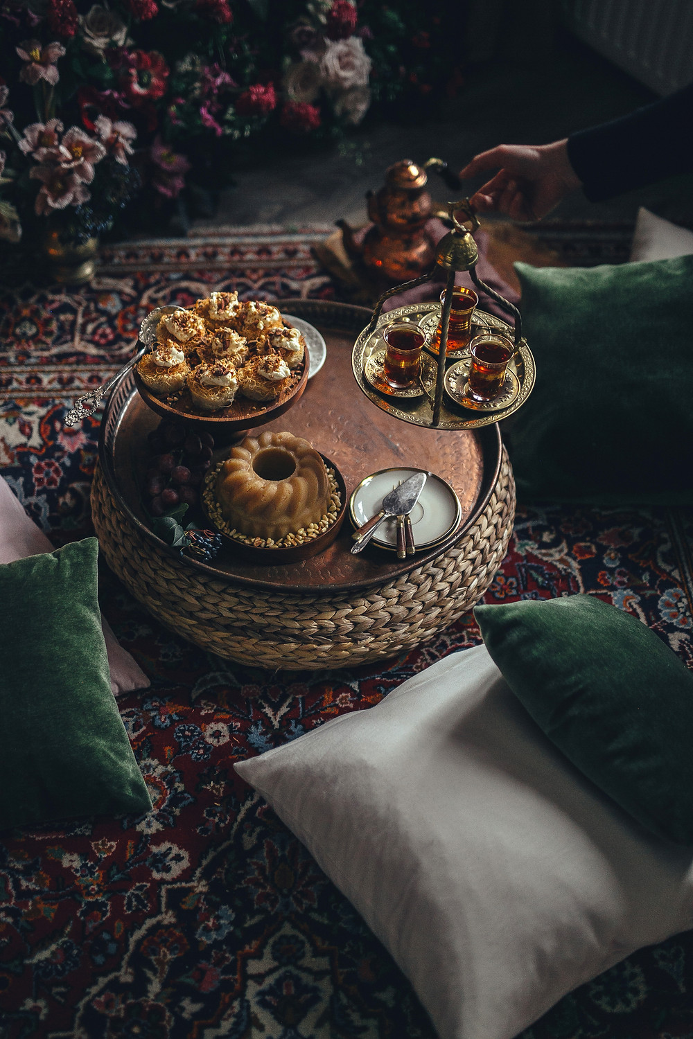 turkish tea and desserts