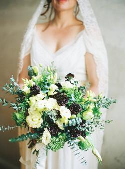 creme bridal bouquet