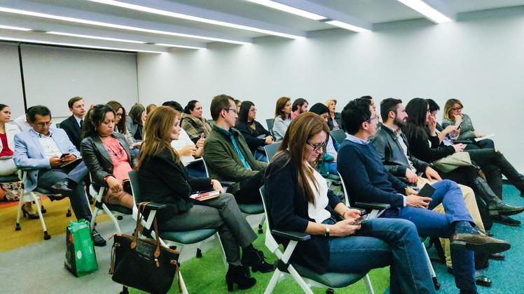 conferencia-de-ventas-y-social-selling.j