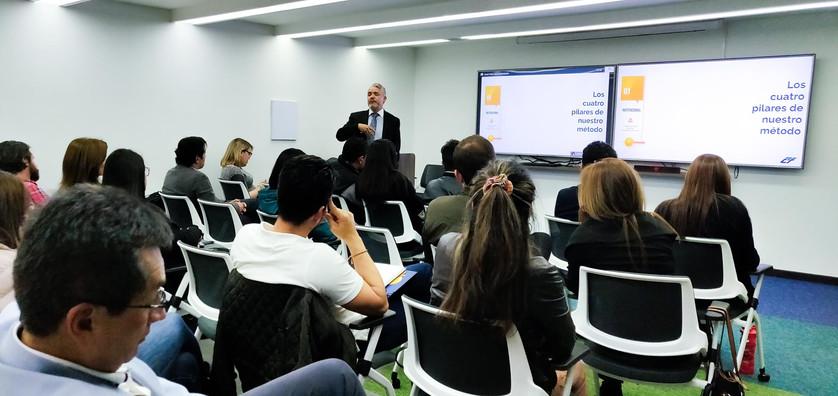 sales-and-social-media-training.jpg