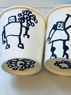 J 05 - Doodle goblet : Moi et ma petite soeur