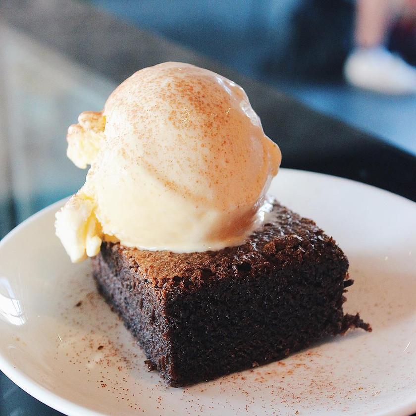Brownie with Vanilla Ice Cream Bricklin Cafe Bar