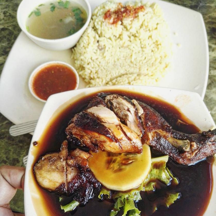 Adik Nasi Ayam ( Jelutong )