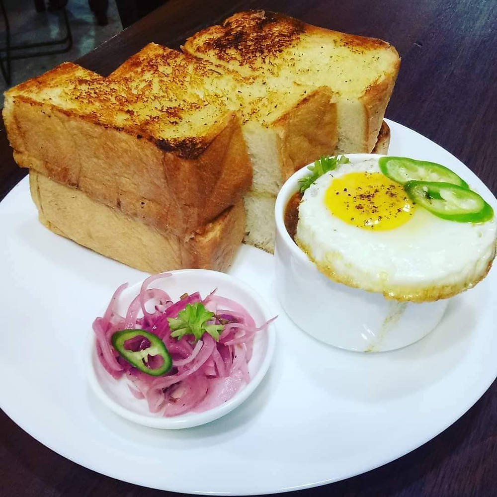 Nazzeeras' Kacang Phool with Toast to be Dipped