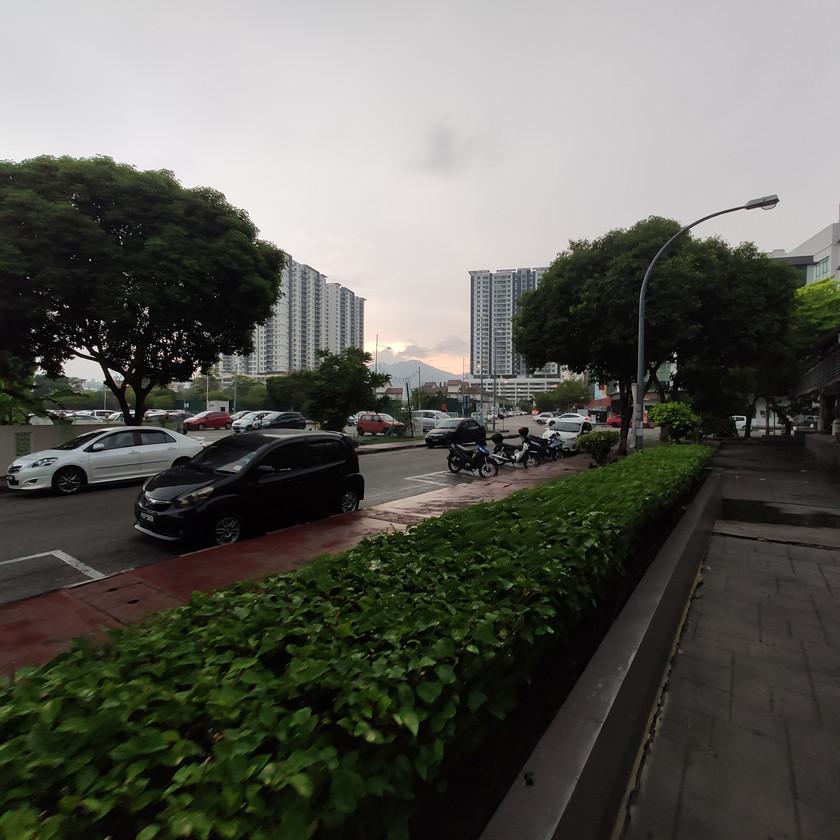 Kompleks Bayan Baru Back Road