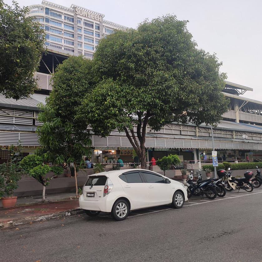 Back Road Kompleks Sri Selera Bayan Baru