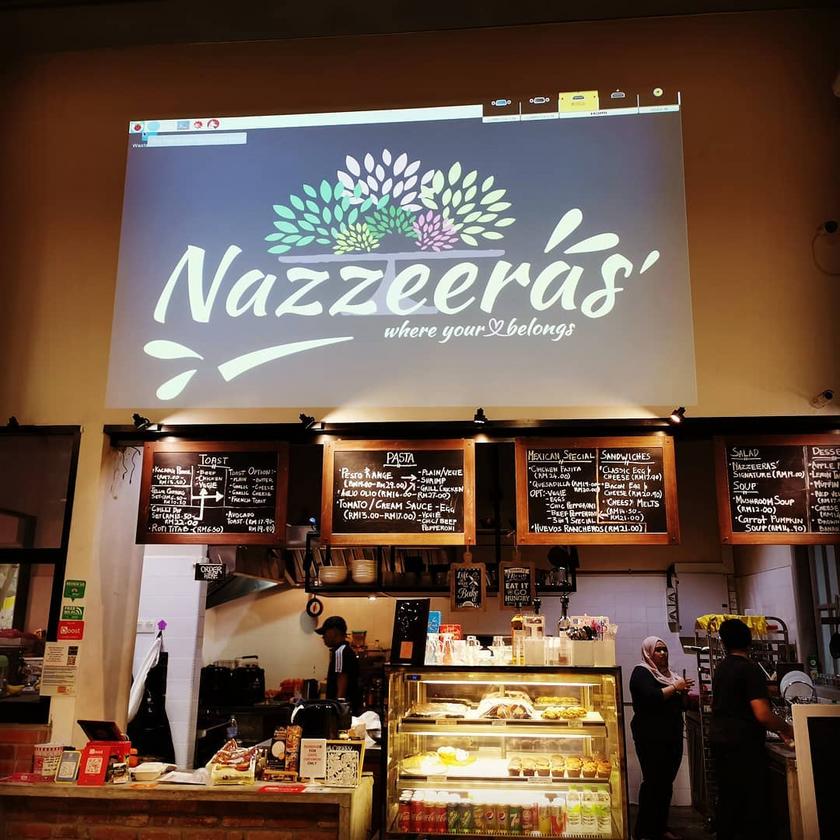 Nazzeera's Cafe