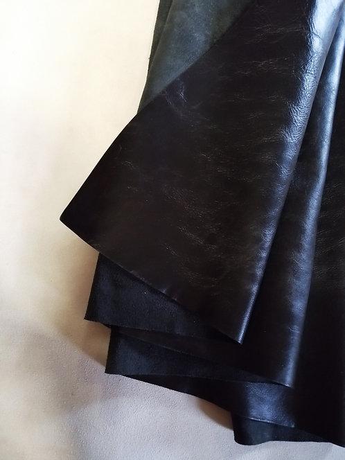 Vintage Horse Front -Black