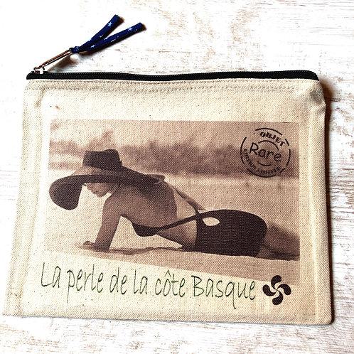 Pochette Victorine W le réveil basque
