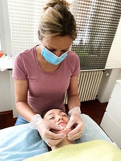 Myofasziale Gesichtsmassage und Kopfmassage Facemassage Split Massage