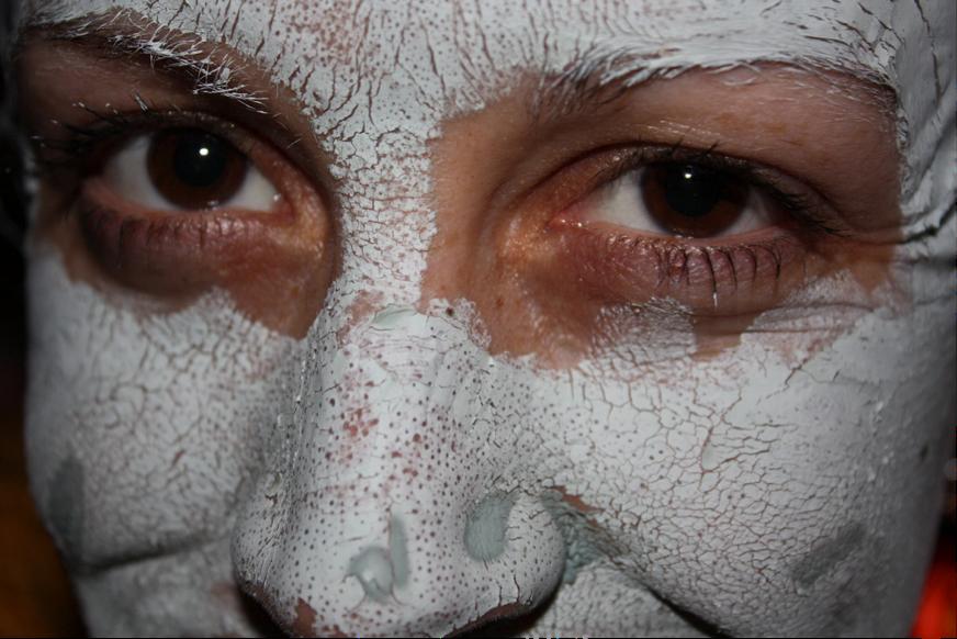 kaolin clay face mask