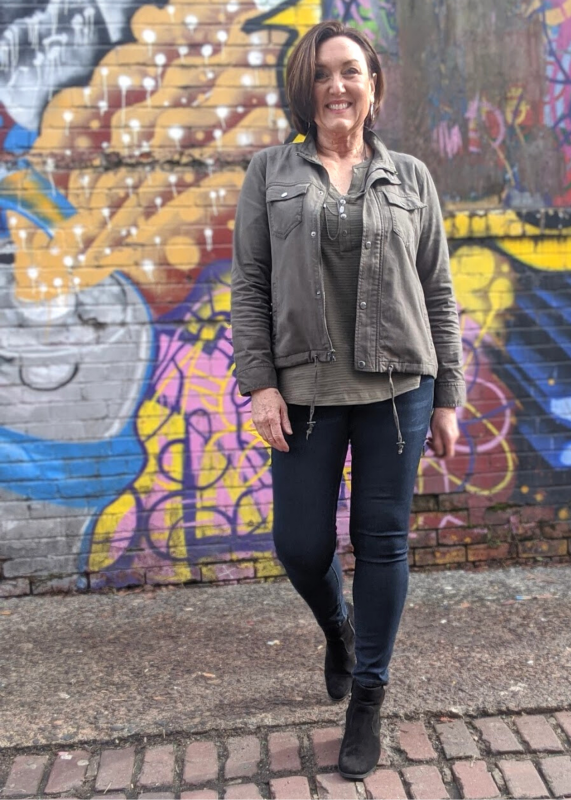jean legging outfit with olive green jacket