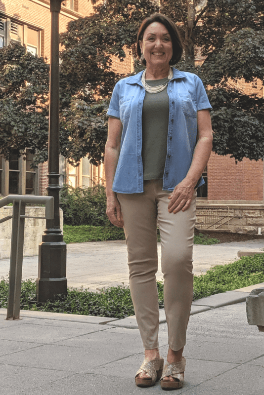 Soft Chambray Button Up can be worn with white denim jeans, colorful ankle pants and these khaki pants.