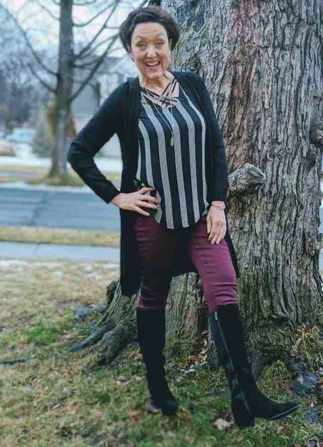 what i wore this week black suede boots black cardigan wine jeggings