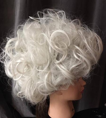 Custom Wigstyling