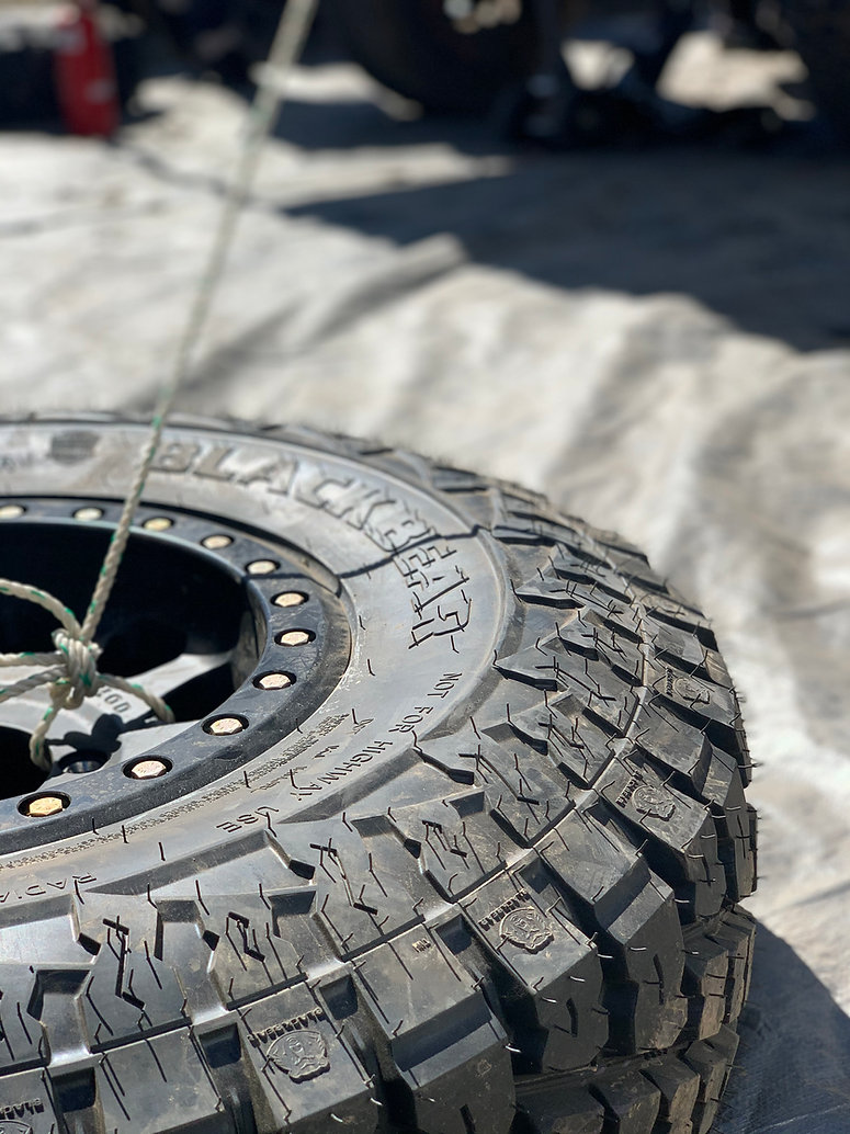 black bear tyres_gundy400_2.jpg