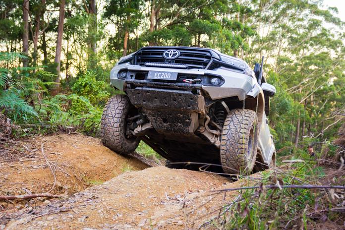 Black Bear Tyres - Dakar RT 35x12.5r20_6