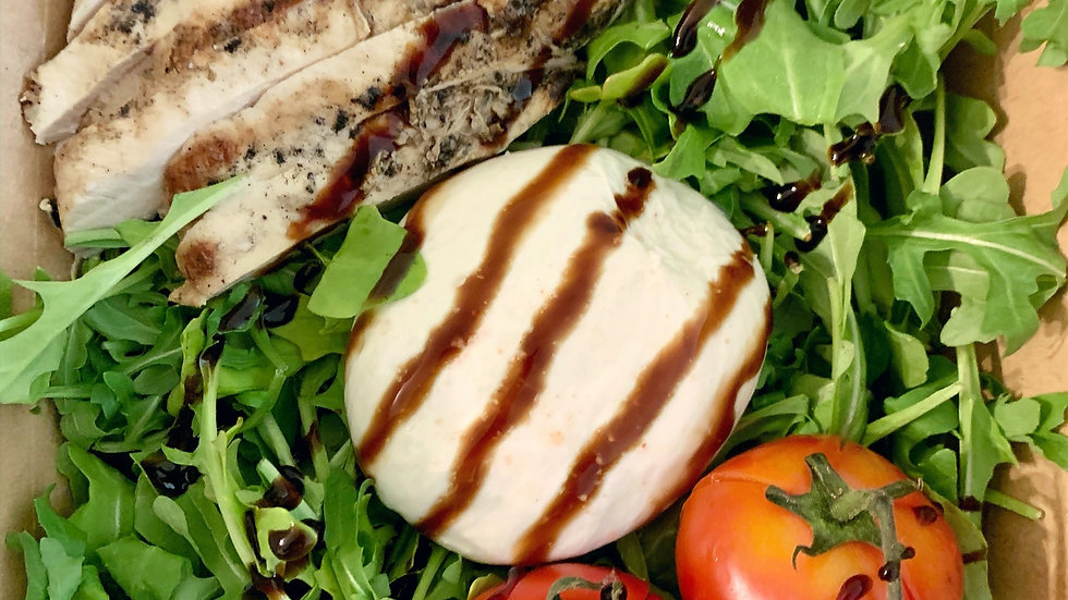 Burrata Salad w/Chicken