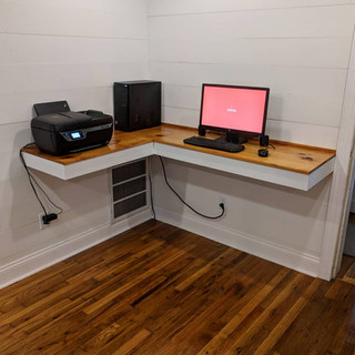 Custom floating computer table