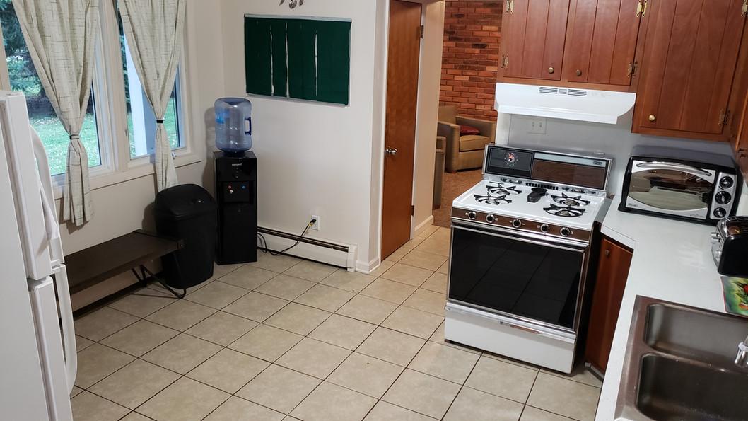 Community Kitchen.jpg