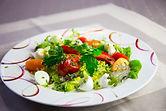 salade composee fraiche tomate oeuf mesclun