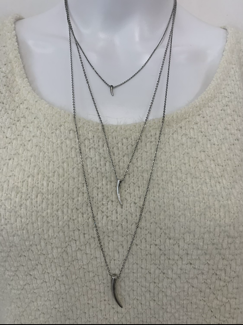 Lucky Horn layered necklace